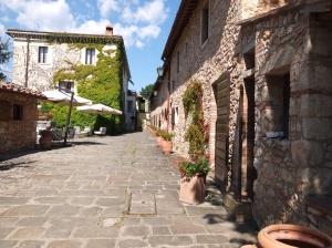 borgo san luigi  buildings