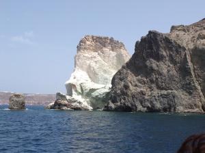 Volcanic rock coastlines